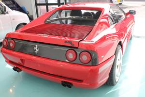 フェラーリ348tbボディガラスコーティング画像